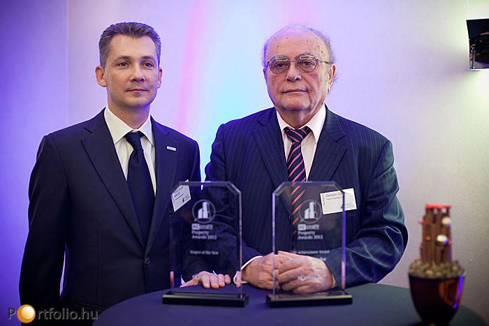 Török Árpád MRICS, a TriGranit Fejlesztési Zrt. vezérigazgatója (a REsource Property Awards díj, az Év Projektje kategória győztese) és Demján Sándor, a TriGranit Fejlesztési Zrt. elnöke (a REsource Property Awards életműdíjasa).