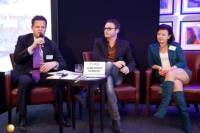 A mikrofonnál Hegedűs Attila MRICS (ügyvezető partner, BDO Hungary)