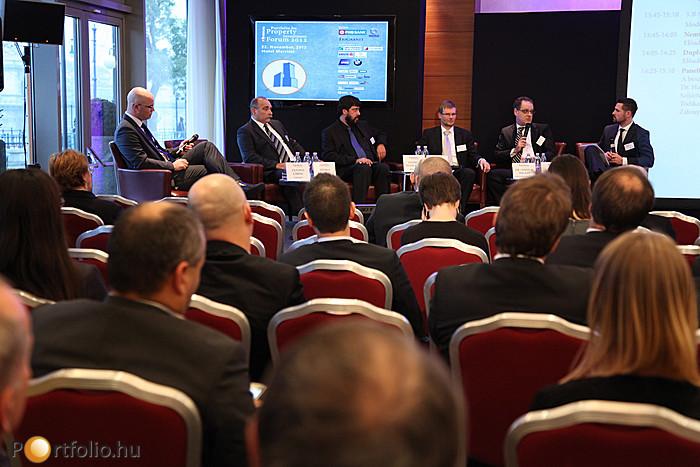 Facility Management - Energiahatékonyság szekció a Portfolio.hu Property Investment Forum 2012-n.