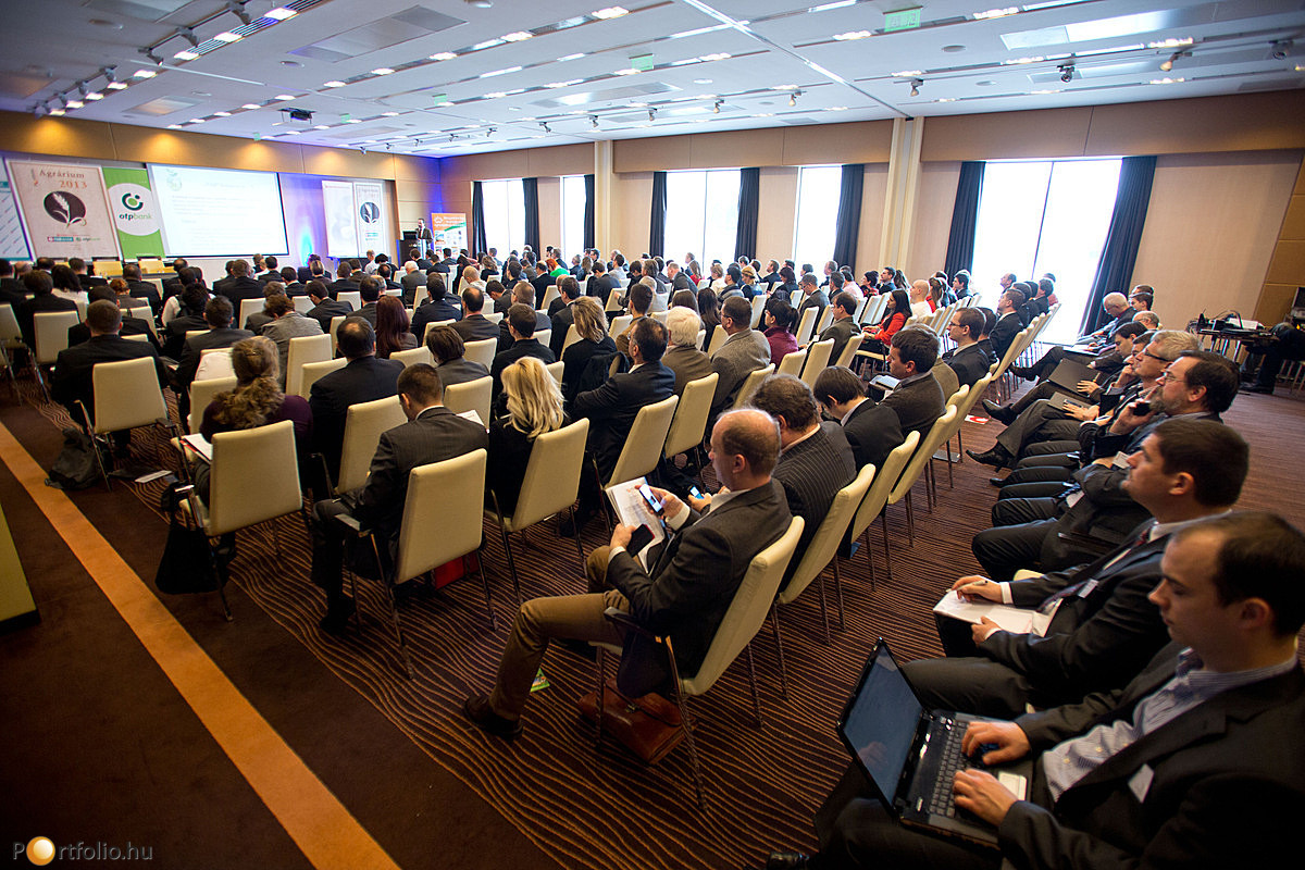 A Portfolio.hu Agrárium 2013 címmel szervezett nagy sikerű, mintegy 200 fő részvételével zajló konferenciát 2013. február 12-én.