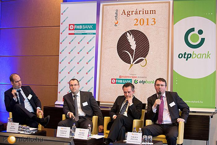 Portfolio.hu Agrárium 2013 Konferencia (2013. február 12.) - Soltész Gergő (FHB Bank Zrt.), Szabó István (OTP Bank) és Takács Zoltán (Budapest Bank Business), Bán Zoltán (b.) (Portfolio.hu) moderátorral.