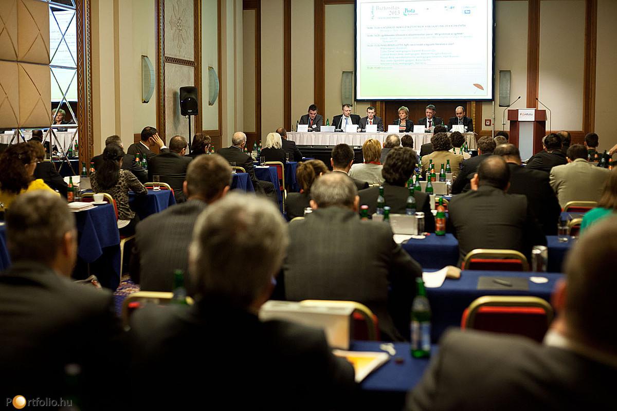A konferencián számos értékesítési szakember, és termékfejlesztő vett részt.