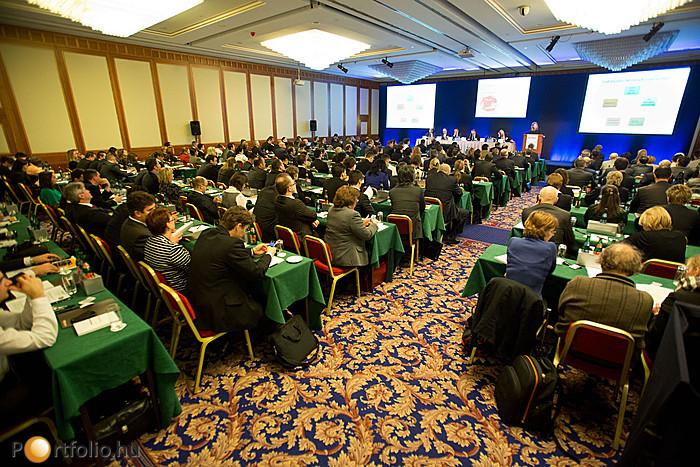 Konferenciánk egyedi és hasznos ismeretekkel szolgált a biztosítási szektorban dolgozóknak.