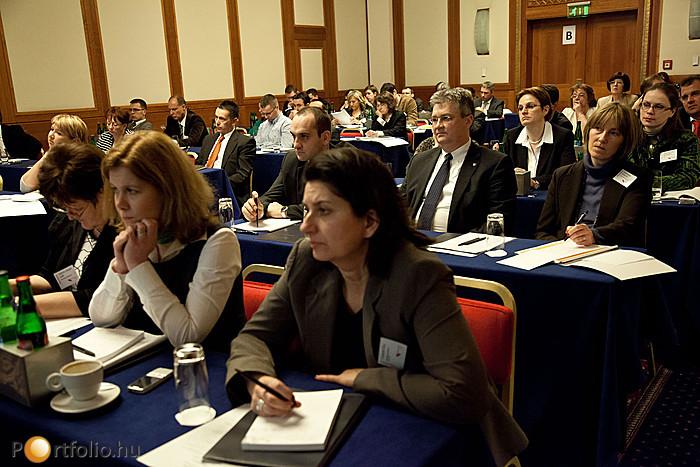 A délutáni osztott szekciókban is nagy érdeklődés mellett folyt a szakmai program.