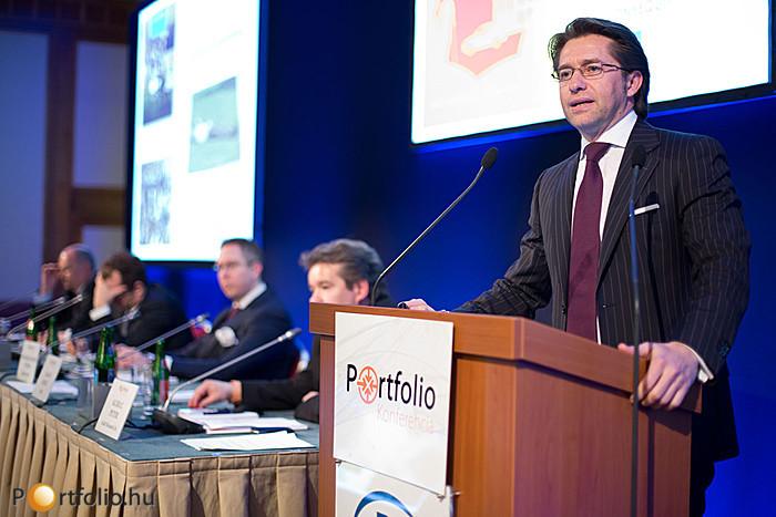 A jövő jutalék nélkül? Előadó: János Zsolt MAS (Igazgatótanács tagja, FECIF)