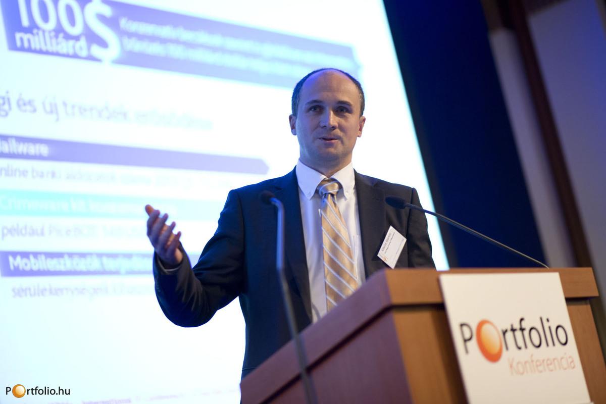 Miklós Márton, BDO ügyvezető igazgatója \'IT biztonság egy etikus hacker szemével\' címmel tartott előadást. (Fotó: Todoroff Lázár)