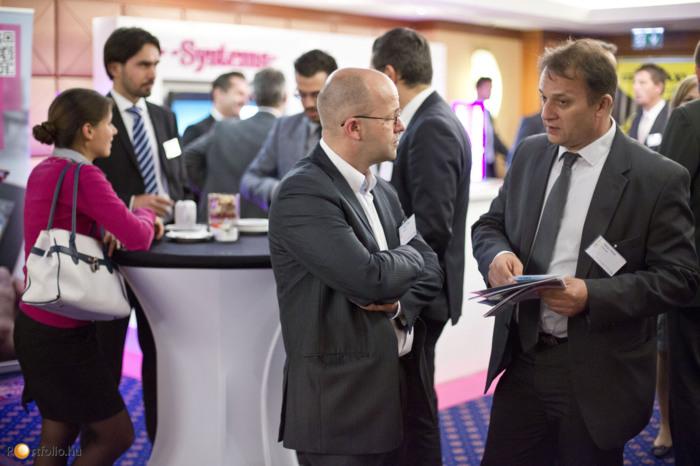 Networkingre is lehetőség adódott a konferencián. (Fotó: Todoroff Lázár)