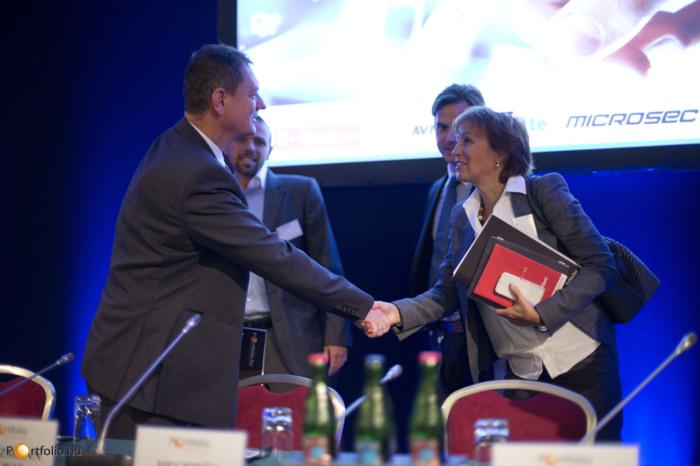 Végh István (vezérigazgató-helyettes, Allianz Hungária Zrt.) és Hegedüs Éva (alelnök-vezérigazgató, Gránit Bank) (Fotó: Todoroff Lázár)