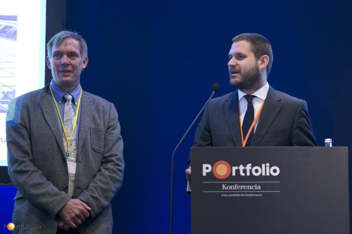 A konferenciát Michael Smithing FRICS, a RICS Magyarország elnöke és Csurös Csanád, a Portfolio.hu üzletfejlesztési igazgatója nyitotta meg.