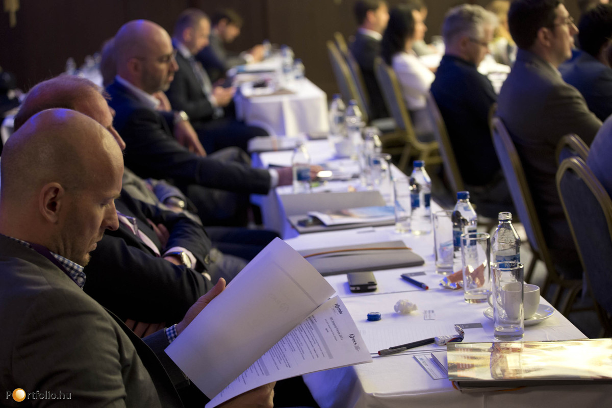 Leading Southeast-European real estate professionals at one event in Belgrade, Serbia: presentations, panel discussions, networking opportunities.