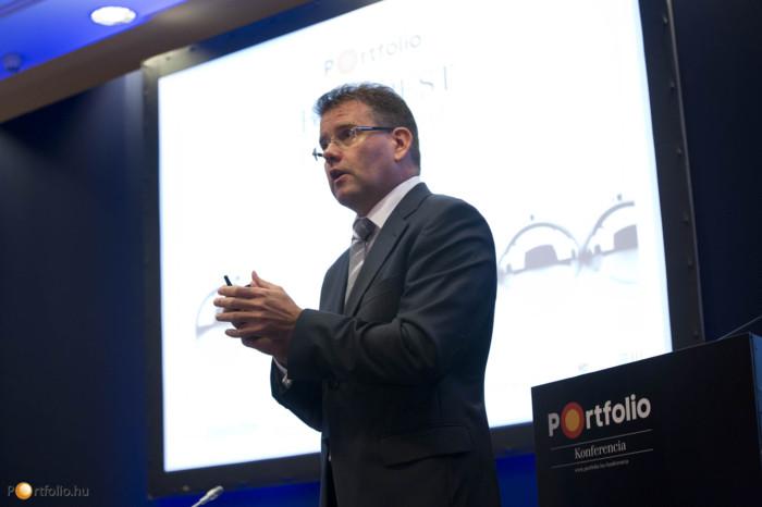Seres Béla (közép-európai ügyvezető partner, Deloitte): Közép-európai vállalati kitekintés.
