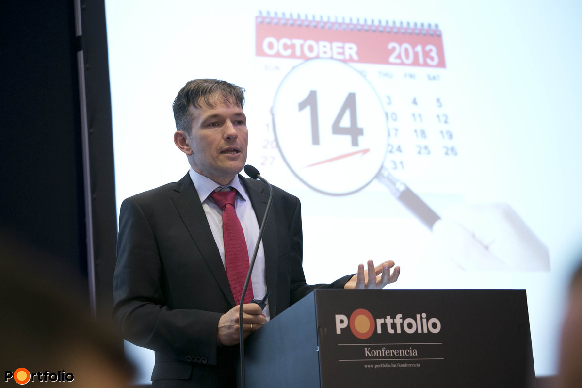 Boros Péter (igazgató, Quattrosoft Kft.): Ezek a technológiák forgatják fel a piacot - Digitális átállás - Érvek és ellenérvek a 2014. évi CIO felmérés alapján.