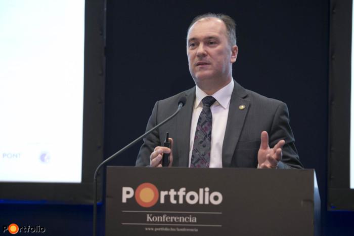 Bartha Lajos (pénzügyi infrastruktúrák igazgató, MNB): Nagy változások az átutalásoknál – Mire készül az MNB?