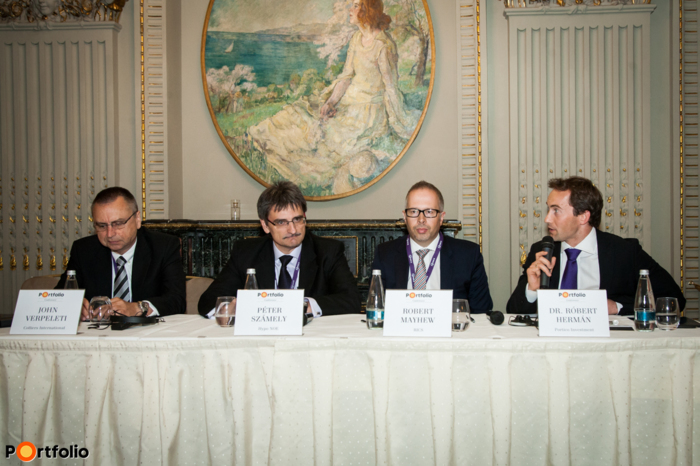 Panel discussion: Eastern Europe insider\'s view: Focus on the big picture. Conversation participants: John Verpeleti FRICS (Chairman of the Management Board – Eastern Europe, Colliers International), Péter Számely MRICS (Head of Real Estate Finance CEE, Hypo NOE), Robert Mayhew FRICS (Vice-President, RICS) and the moderator, Dr. Róbert Hermán MRICS (Acquisitions & Investments Director, Portico Investment).