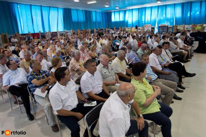 Mintegy 300 részvételével került megrendezésre a Portfolio első, Kelet-magyarországi Agrárfórum című rendezvénye Hajdúböszörményben.