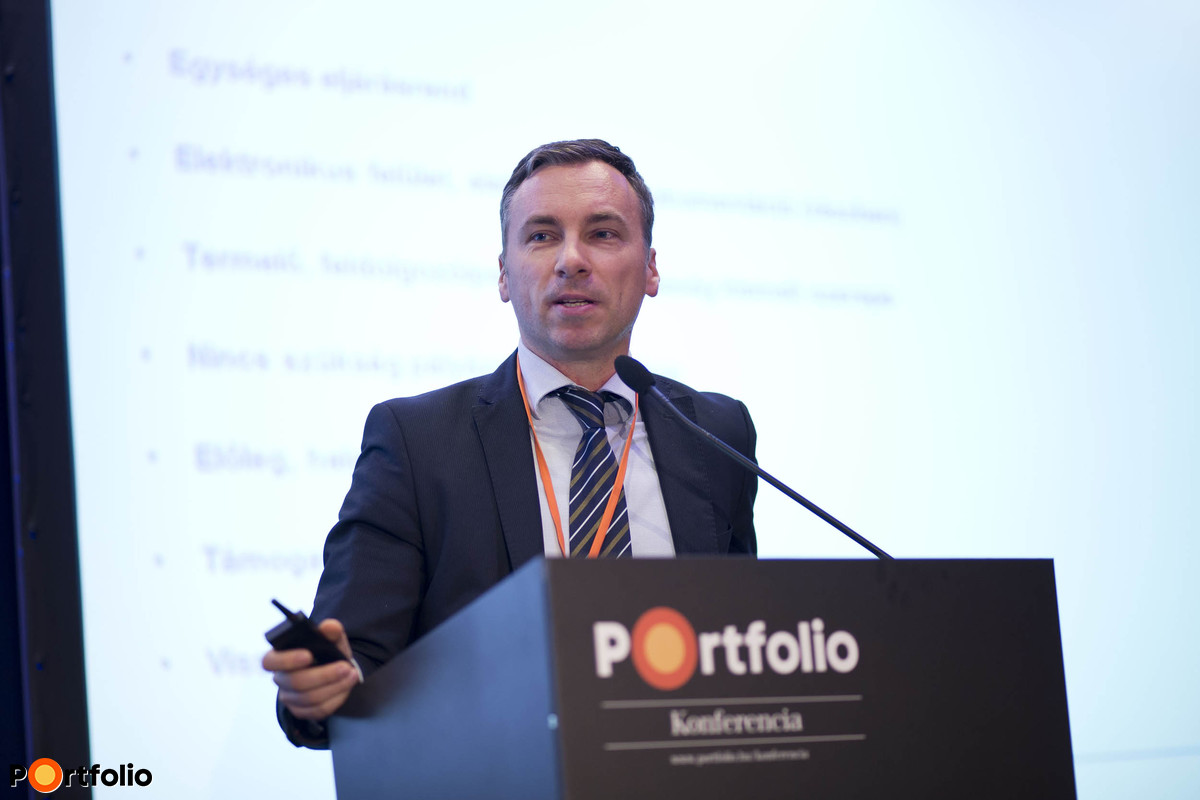 The new application system was launched – What is to be expected in regards to recoverable EU funds?  Zoltán Trombitás (Erste Bank EU Office Manager, Erste Bank Hungary Zrt.).