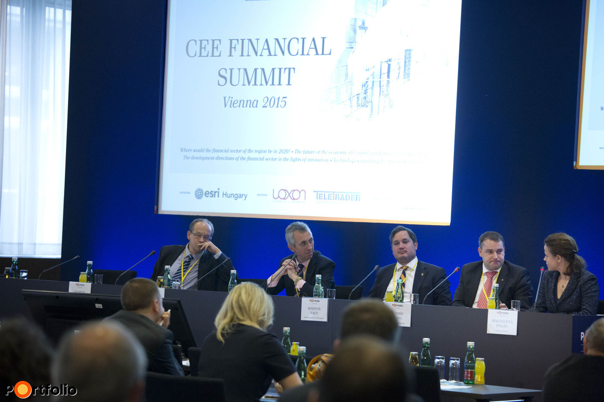 Regional central bankers' round table. Conversation participants: Andrzej Slawinski (Director General of the Economic Institute, NBP, Poland), Franz Partsch (Head of Treasury Department, ÖNB, Austria), Márton Nagy (Vice-President, MNB, Hungary), Mojmír Hampl (Vice-Governor, CNB, Czech Republic) and the moderator, Magdalena Polan (Executive Director, Goldman Sachs).