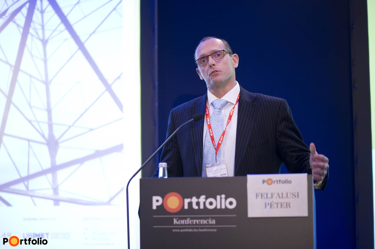Péter Felfalusi (CEO, Chairman, Intrum Justitia Zrt., MAKISZ): Receivables management in the domestic energy sector