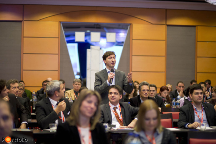 The conference created an excellent forum for high-level networking and the forging of new professional relations