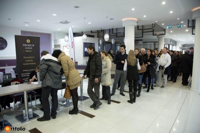 Csaknem 300 fő vett részt Megérkezett a segítség a CSOK-hoz című rendezvényünkön, Győrött.