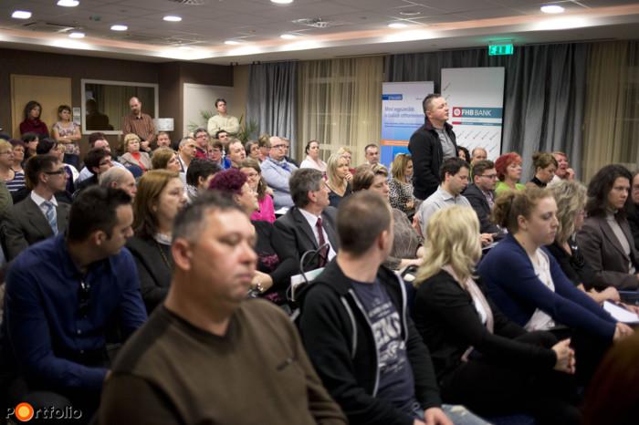 A közönségnek is volt lehetősége feltenni kérdéseit
