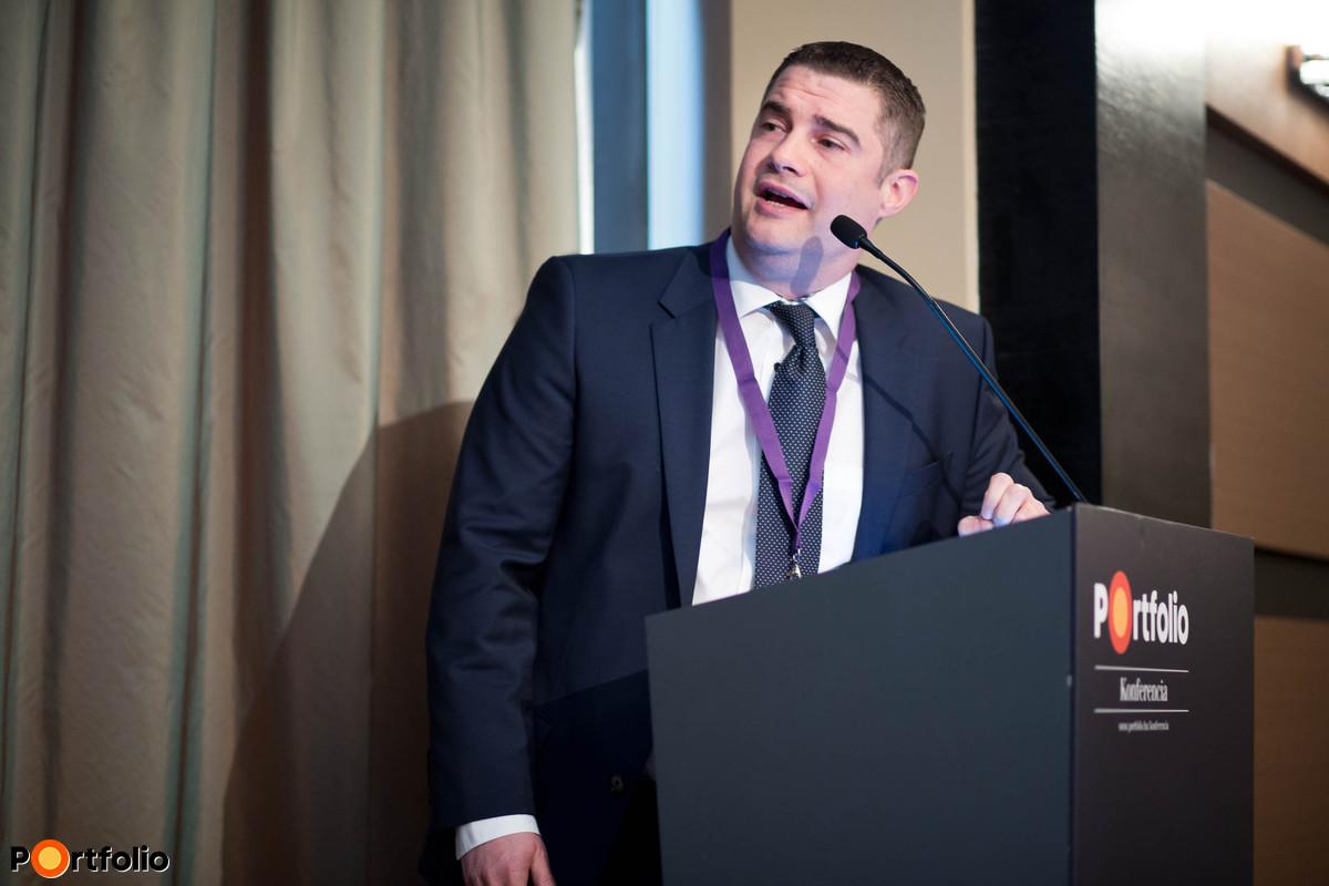 Zsolt Kákosy MBA MRICS (Head of Asset Services, CBRE), moderator of panel Sunday shopping ban to be lifted.