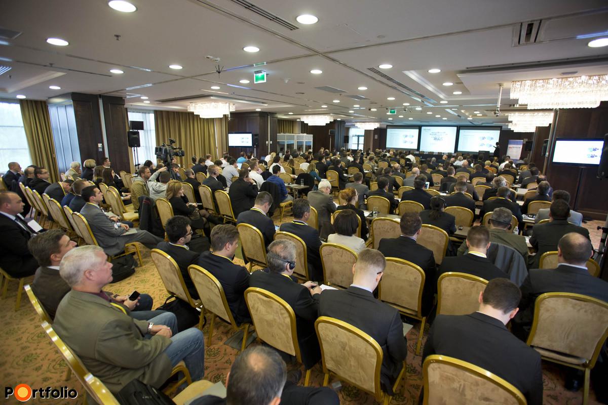 250 fő részvételével került megrendezésre a második Portfolio-MAGE Járműipar Konferencia.