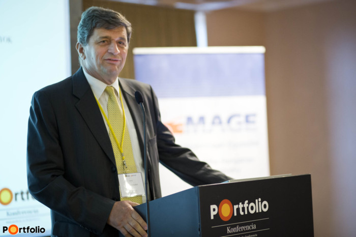 Szervezőpartnerünk, a MAGE ügyvezető főtitkára, Kilián Csaba is köszönötte a vendégeket.