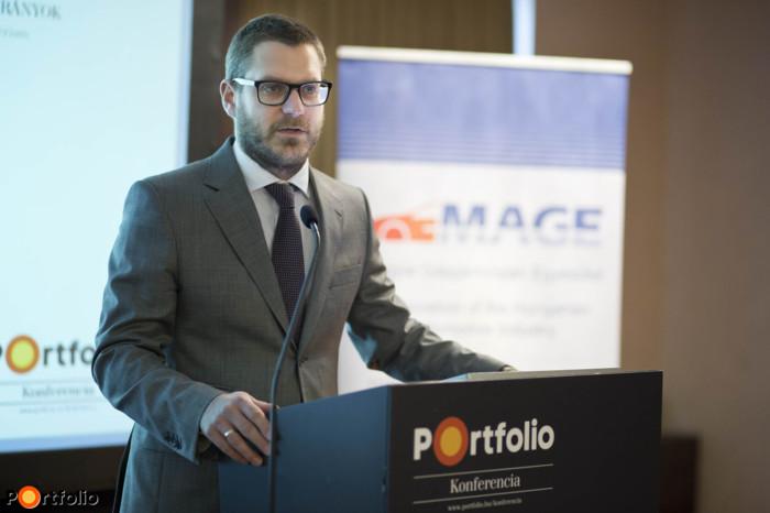 A konferenciát a Portfolio részéről Csűrös Csanád üzletfejlesztési igazgató nyitotta meg.