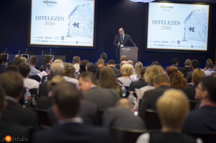 The conference was opened by Zoltán Bán, the CEO of Portfolio.