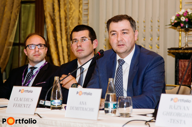 Romanian investors' roundtable. Stamatis Sapkas (Deputy Chief Investment Officer, Globalworth Real Estate Investments), Robert Miklo (Associate Director of Investment Services, Colliers International), Claudius Ferentz (Consultant, Secure Legal Title).