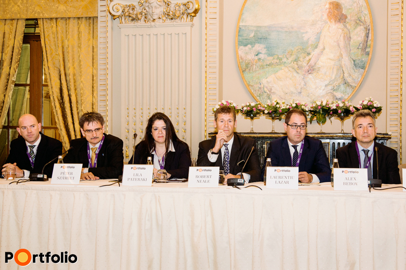 Foreign investors' roundtable – CEE/SEE outlook. Participants of the conversation: David Yearn (Business Development Manager CEE, First Title), Péter Számely MRICS (Head of Real Estate Finance CEE, HYPO Niederösterreich), Lila Pateraki (Director, Zeus Capital Management), Robert Neale FRICS, CEO, Portland Trust), Laurentiu Lazar MRICS (Director of Investment and Valuation Services, Colliers International), Alex Bebov (Partner, Balkan Advisory Company).