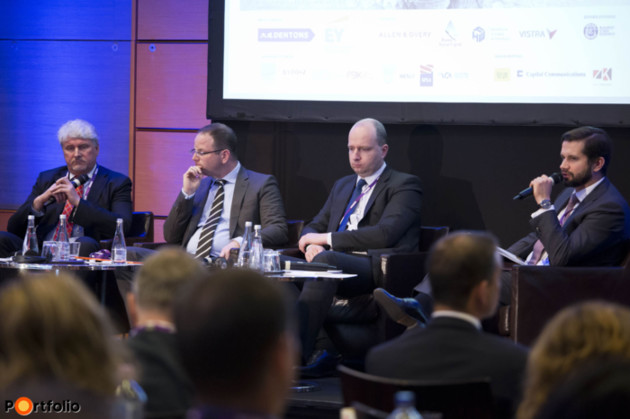 Is Private Equity the right investor in the NPL industry? Participants: Gints Vins (Board Member and CEO of B2Kapital SIA, B2Holding), Dániel Jellinek (Founder & CEO, Indotek), Péter Kangiszer (Head of Strategy and Business Development, MARK Ltd.) and the moderator, Bartlomiej Smolarek (Partner, EY Warsaw).
