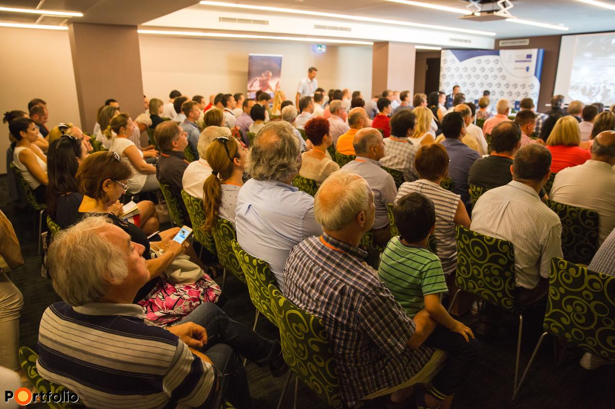 Elstartoltak a nulla százalékos EU-hitelek! Országos rendezvénysorozat az MFB Pontokról - Szeged (Fotó: Todoroff Lázár)