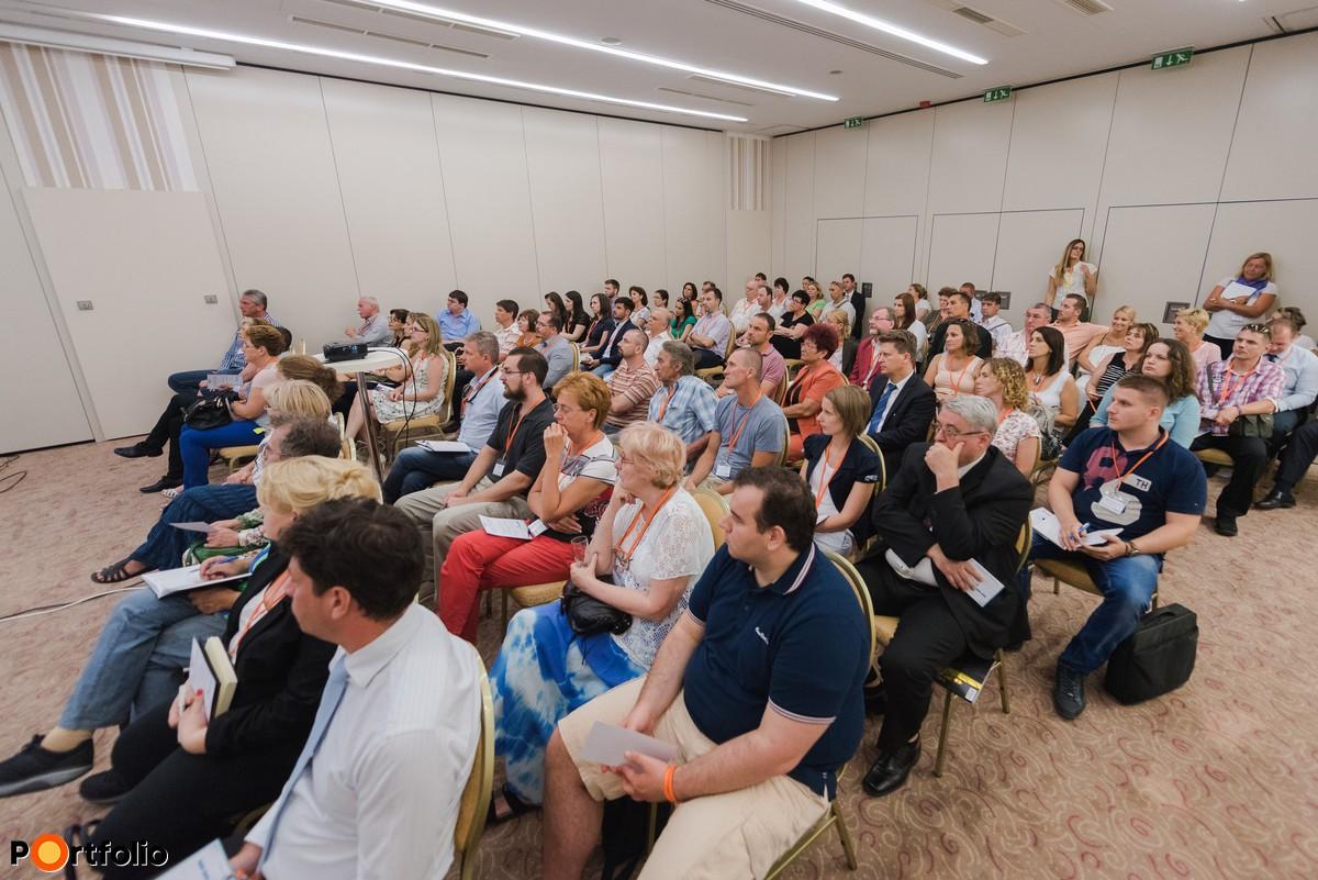 Elstartoltak a nulla százalékos EU-hitelek! Országos rendezvénysorozat az MFB Pontokról – Pécs (Fotó: Todoroff Lázár)