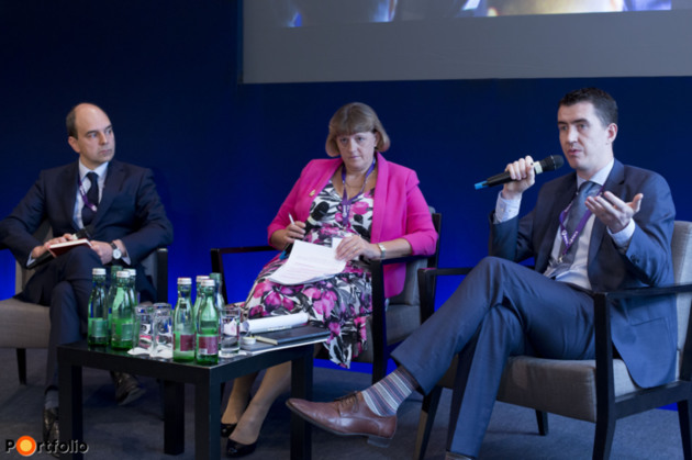 The future of the European economy and Europe as a business destination – Interdisciplinary insight. Participants: Tamás Polster MRICS (Co-head of Consulting EMEA, Cushman & Wakefield), Dr. Louise Brooke-Smith FRICS (Immediate Past Global President (2014-2015), RICS), Joseph Kelly (CEO, DealX)