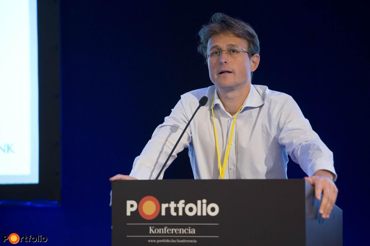 Zsiday Viktor (IT elnök, Plotinus Nyrt.): Hozamok nélkül – A globális megtakarítási piac aktualitásai