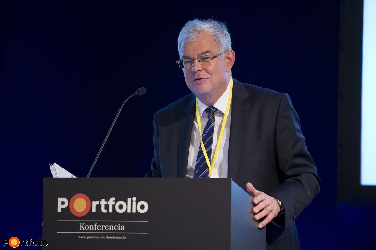 Balogh László (pénzügypolitikáért felelős helyettes államtitkár, NGM): Milyen eszközökkel segíti a kormány az öngondoskodást?