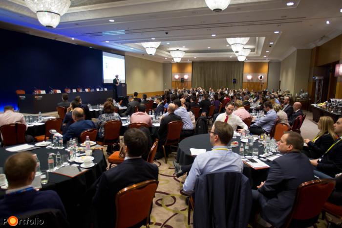 Több, mint 150 fő részvételével került megrendezésre a Portfolio első, Banking Technology 2016 c. konferenciája a budapesti Hotel InterContinentalban.