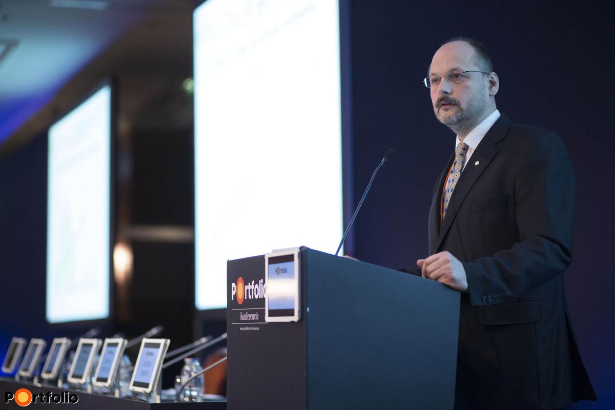 dr. Mitnyan György (vezérigazgató, Főtáv): Terjeszkedési irányok a távhő számára: belvárosi lakóingatlanok és irodaházak