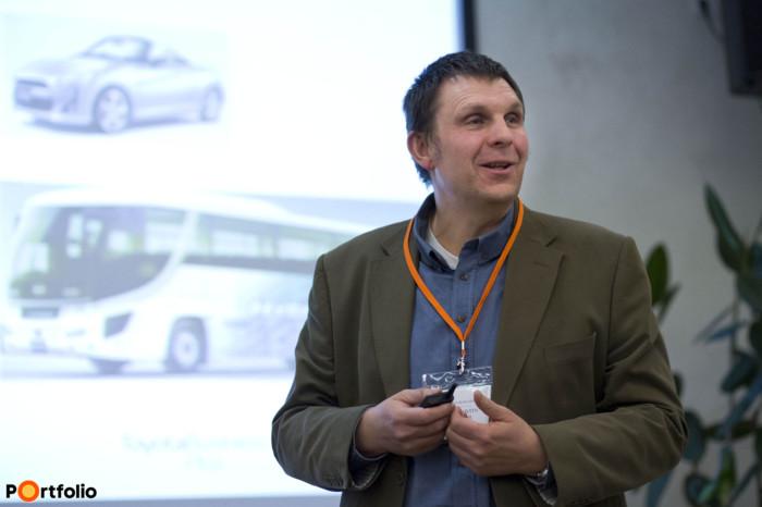 Sándor Krajcsovits (termék- és marketing vezető , Toyota): Toyota Hungary előadása