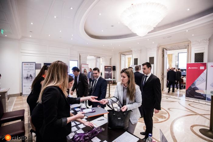 Portfolio-RICS Valuation and Investment 2017