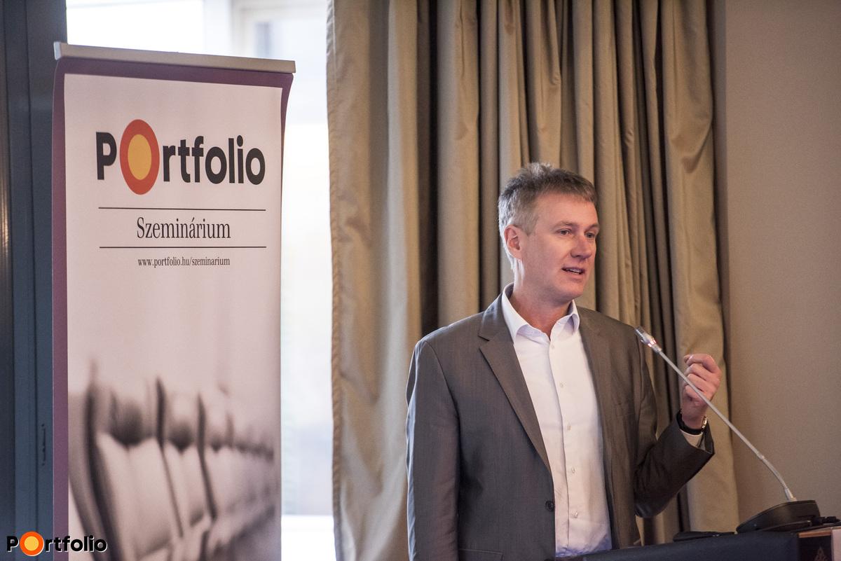 A digitális transzformációról tartotta előadását Rehus Péter (Country Leader, IBM Magyarország)