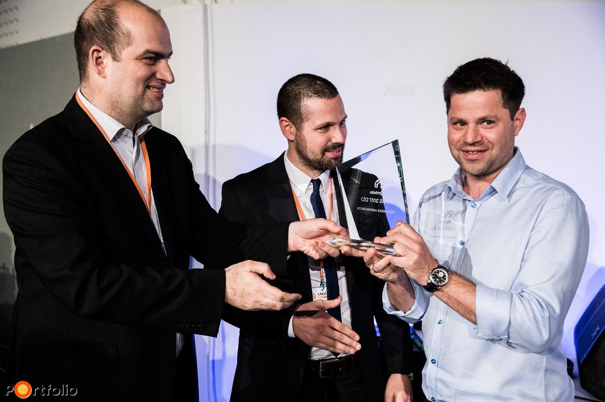 Díjátadó a Lakás 2017 állófogadásán - A 100 lakásosnál kisebb projektek kategóriájában a győztes a Kapás 21 by Cordia, a Cordia fejlesztésében