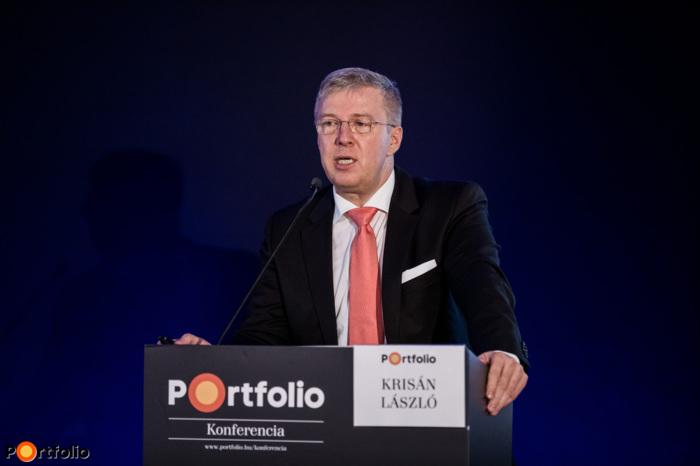 László Krisán (CEO, KAVOSZ Zrt.): Opportunities for SMEs – Now or never?