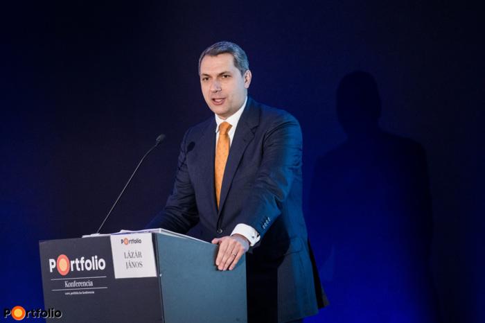 János Lázár (Minister of the Prime Minister's Office, Prime Minister\'s Office): Development policy priorities until 2020