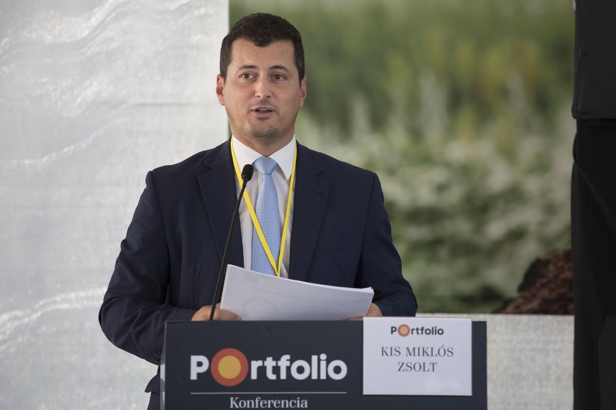 Kis Miklós Zsolt, agrár-vidékfejlesztésért felelős államtitkár, Miniszterelnökség