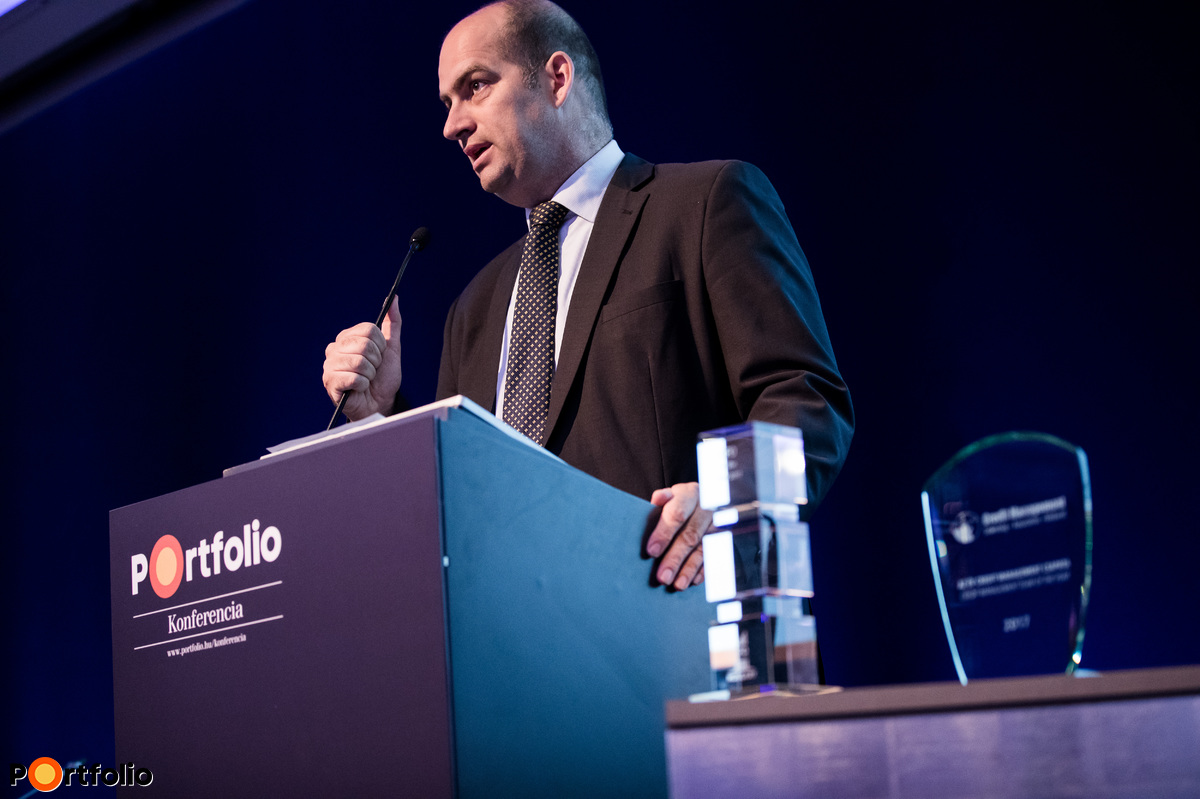 Zoltán Bán, the CEO of Portfolio welcomed the guests of the conference.