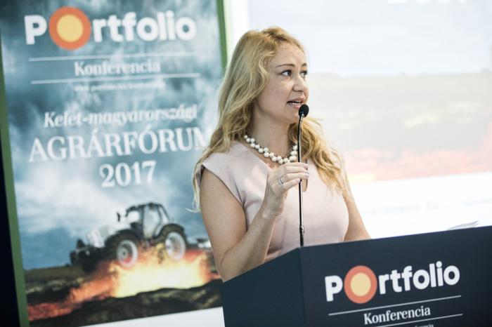 Major Katalin, az agrárszektor.hu lapigazgatója nyitotta meg az Agrárfórumot