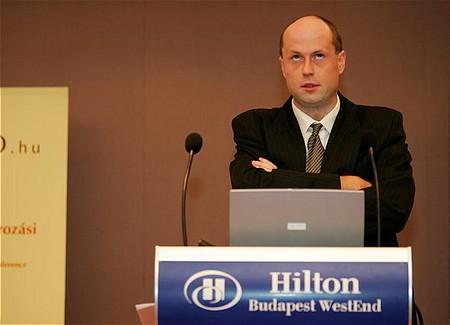 Micheal Rostock: a private equity nyilvános tőkepiaci szerepléséről